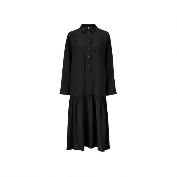 Kokoon Eika Dress