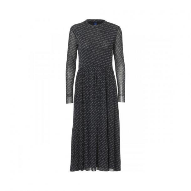 Résumé Pinar Dress