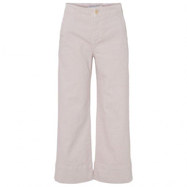 Blanche Action Pants Jeans
