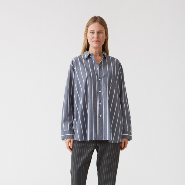 HOPE Elma Shirt Navy Stripe