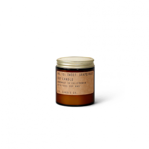 P.F. CANDLE CO. NO.10 Sweet Grapefruit Candle