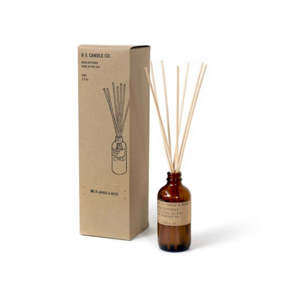 P.F CANDLE CO. Diffuser Amber & Moss